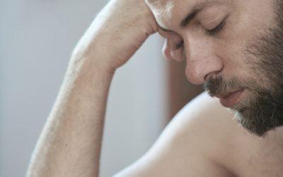 La qualité du sommeil a-t-elle une incidence sur la chute des cheveux ?
