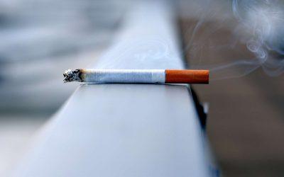 Fumer après une greffe de cheveux est-il dangereux ?